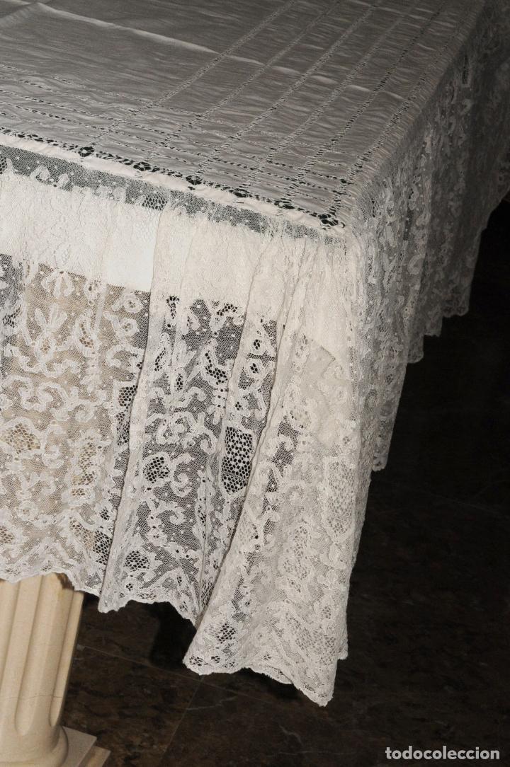 Antigüedades: MANTEL DE ALTAR GRANDE DE GRAN CALIDAD EN LINO Y ENCAJE - CIRCA 1900 - Foto 6 - 205363975