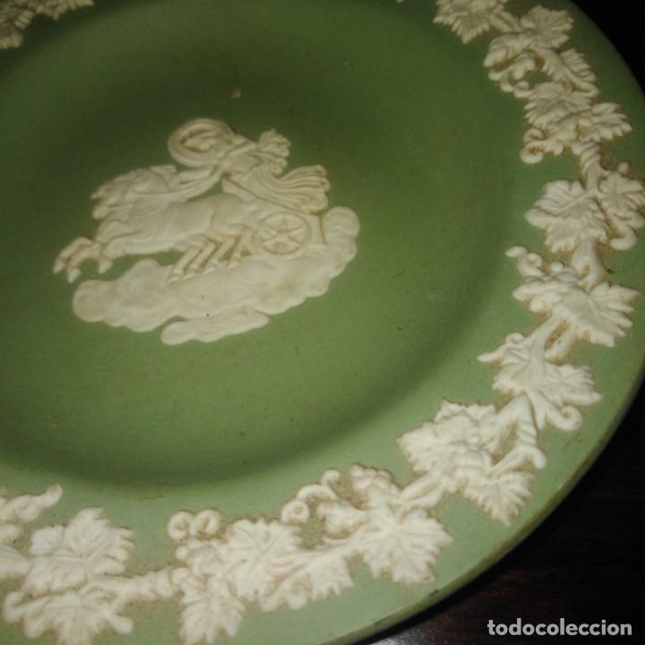 Antigüedades: Antiguos platos de colección de porcelana inglesa de wedgwood - Foto 3 - 205384318