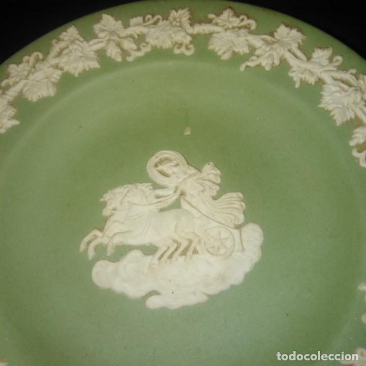 Antigüedades: Antiguos platos de colección de porcelana inglesa de wedgwood - Foto 4 - 205384318