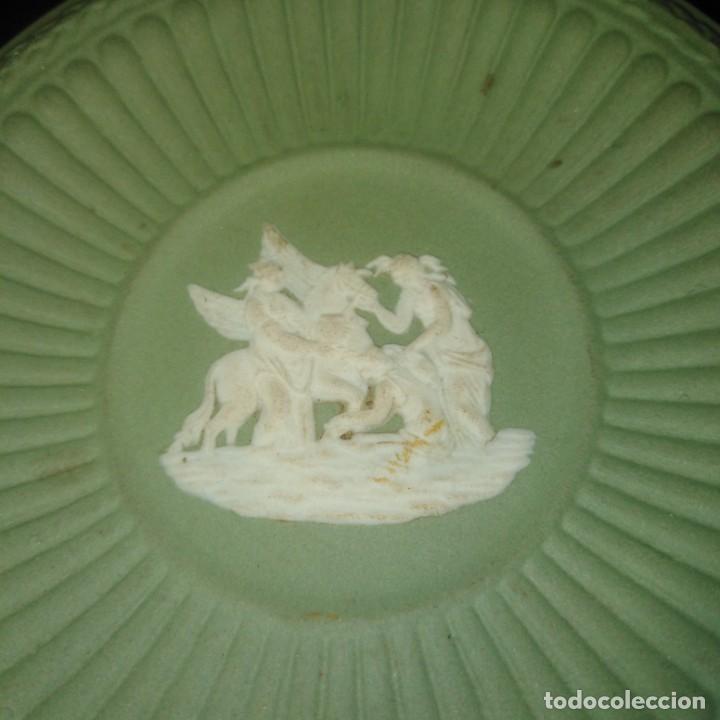 Antigüedades: Antiguos platos de colección de porcelana inglesa de wedgwood - Foto 5 - 205384318