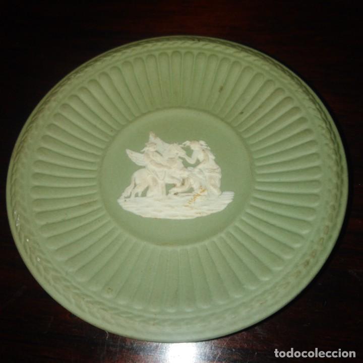 Antigüedades: Antiguos platos de colección de porcelana inglesa de wedgwood - Foto 6 - 205384318