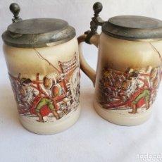 Antigüedades: LOTE DE DOS JARRAS DE CERVEZA ALEMANAS DE PORCELANA ORIGINAL. GERZ. Lote 205386155
