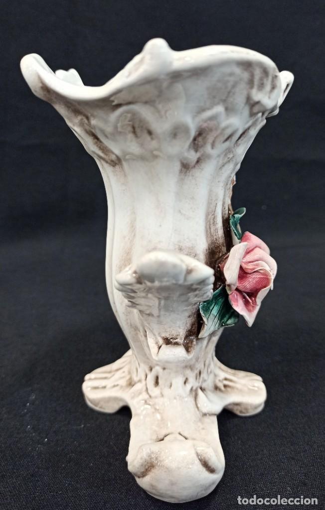 Antigüedades: Florero cerámica Capodimonte. C7 - Foto 2 - 205386560
