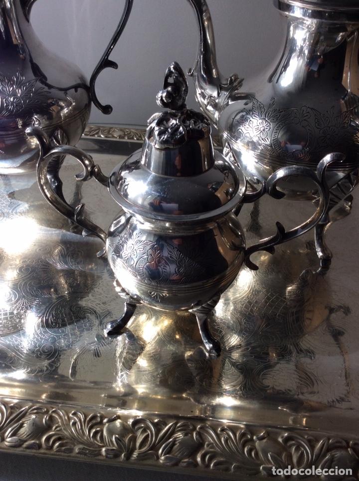 Antigüedades: JUEGO DE CAFE Y TE EN METAL BAÑO DE PLATA - Foto 2 - 205440182