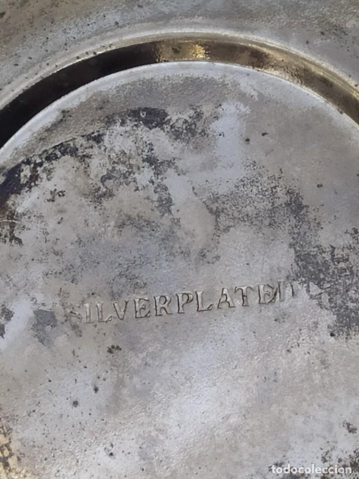 Antigüedades: Antigua CESTA CENTRO DE MESA PLATEADA DETALLES ESMATADAS - Foto 9 - 205454900