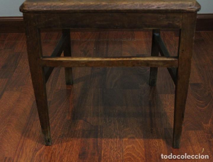 Antigüedades: Excelente pareja de sillas antiguas, años 30, madera maciza, altura 100 cm. - Foto 5 - 205463815