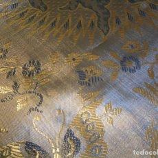 Antigüedades: ANTIGUA COLCHA DE SEDA TORNASOL. CHINESCA. Lote 205470075