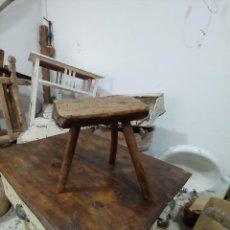 Antigüedades: BANQUETA DE ORDEÑO. Lote 205471740