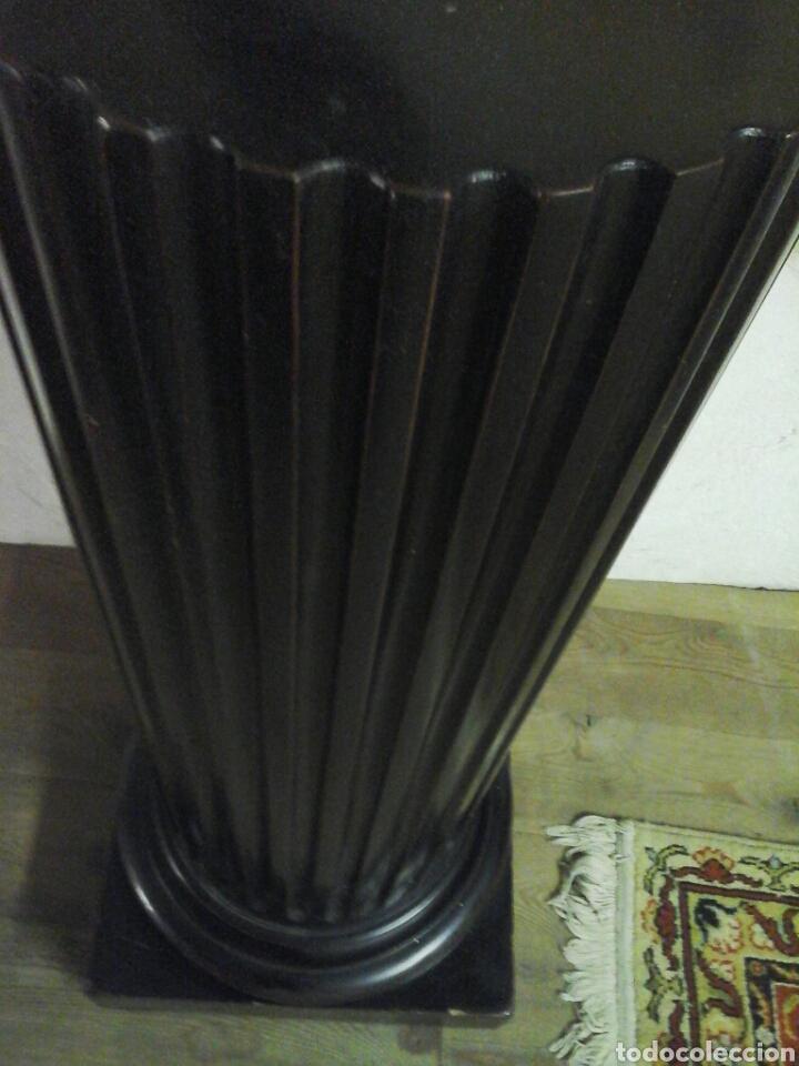 Antigüedades: Pareja de peanas de madera lacada - Foto 3 - 205514642