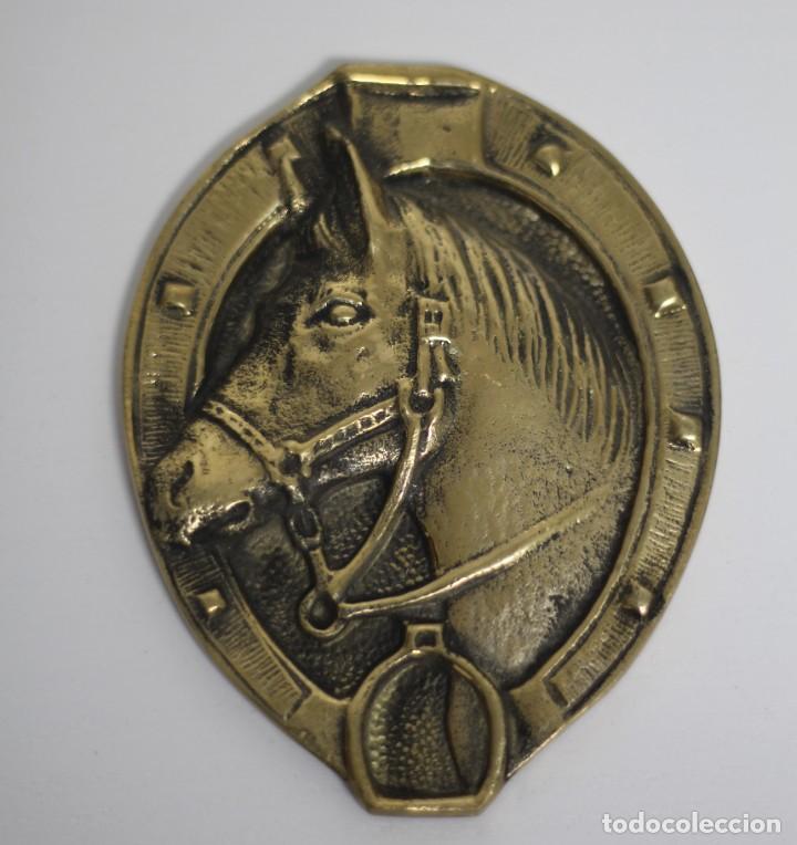 Antigüedades: Antigua PLAQUE Caballo Bronce Excelente Pieza de Decoración Años 50-60 - Foto 2 - 205541011