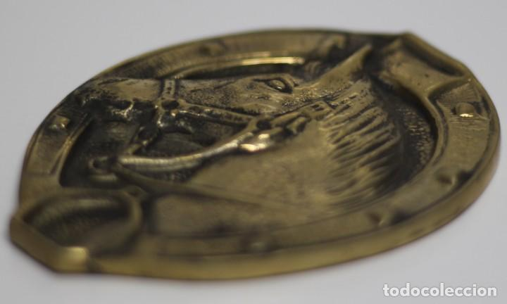 Antigüedades: Antigua PLAQUE Caballo Bronce Excelente Pieza de Decoración Años 50-60 - Foto 3 - 205541011