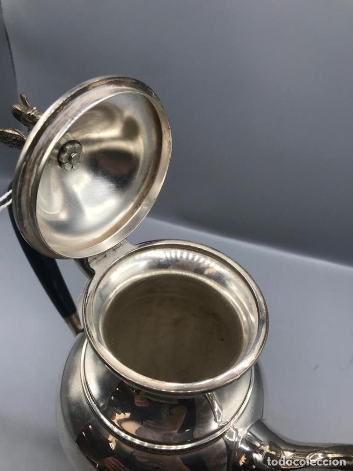 Antigüedades: Jarra de café o té Española con cisne en la tapa Peso 739gr en plata. - Foto 8 - 205564300