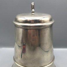 Antigüedades: JARRA DE PLATA ALEMANA CON LEON, CON CONTRASTES, 18 CM DE ALTURA.. Lote 205566148