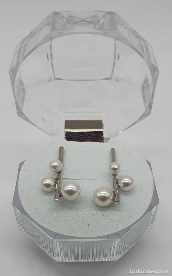 Antigüedades: Pendientes de diseño abstracto en plata de ley contrastada 925 y perlas blancas . - Foto 3 - 205569608