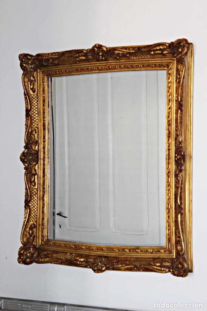 Antigüedades: Espejo marco de madera y pan de oro. 1940. 90 x 76 cm - Foto 2 - 205579938