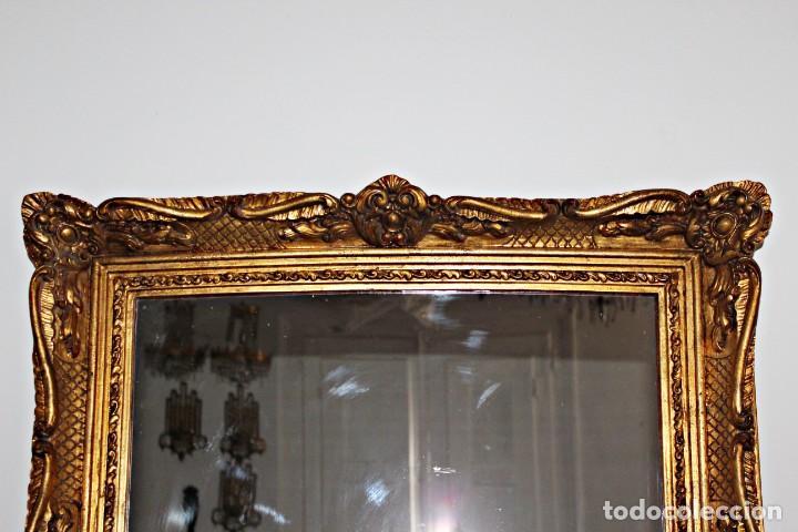 Antigüedades: Espejo marco de madera y pan de oro. 1940. 90 x 76 cm - Foto 12 - 205579938