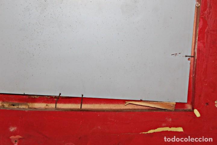 Antigüedades: Espejo marco de madera y pan de oro. 1940. 90 x 76 cm - Foto 26 - 205579938