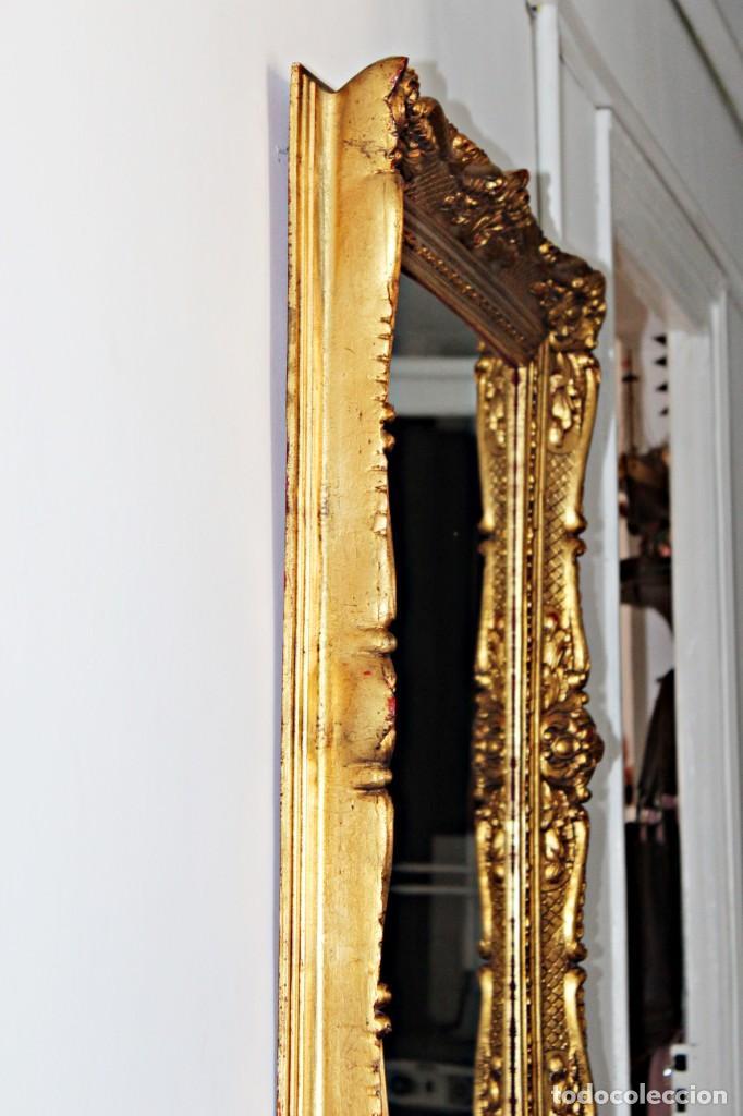 Antigüedades: Espejo marco de madera y pan de oro. 1940. 90 x 76 cm - Foto 30 - 205579938