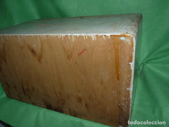 Antigüedades: Antigua cajonera mueble publicidad C. A. Hilaturas de Fabra y Coats Mercería pintado para restaurar - Foto 4 - 205596612