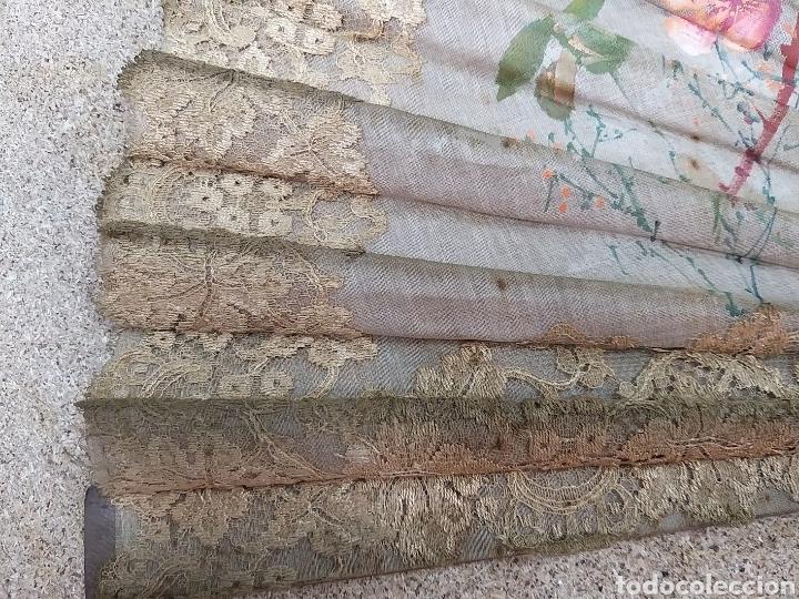 Antigüedades: Abanico de tela antiguo pintado a mano - Foto 20 - 205660377