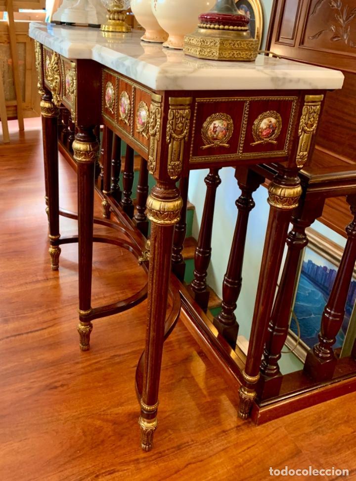 EXQUISITA CONSOLA ANTIGUA (Antigüedades - Muebles Antiguos - Consolas Antiguas)
