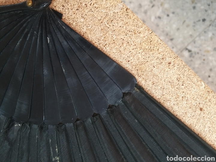 Antigüedades: Abanico antiguo color negro pintado a mano - Foto 9 - 205662953