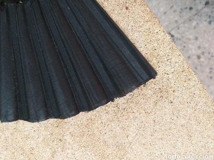 Antigüedades: Abanico antiguo color negro pintado a mano - Foto 10 - 205662953
