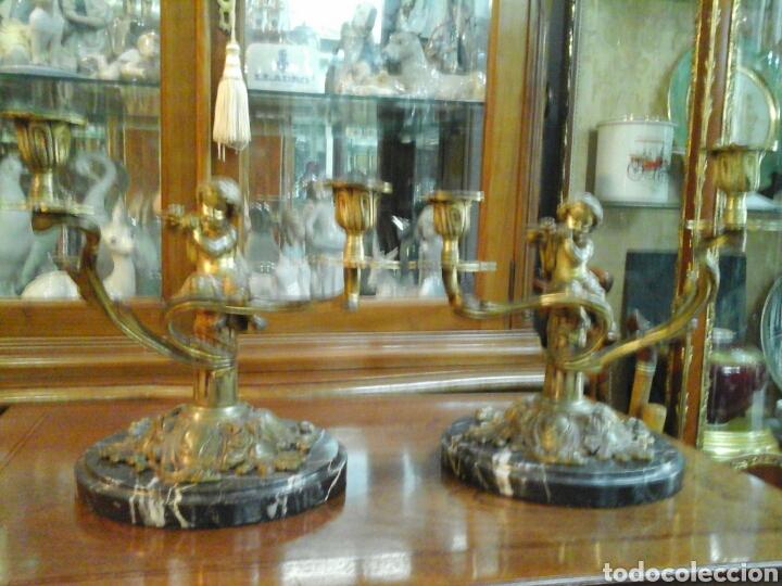 Antigüedades: Pareja de candelabros bronce - Foto 2 - 205669232