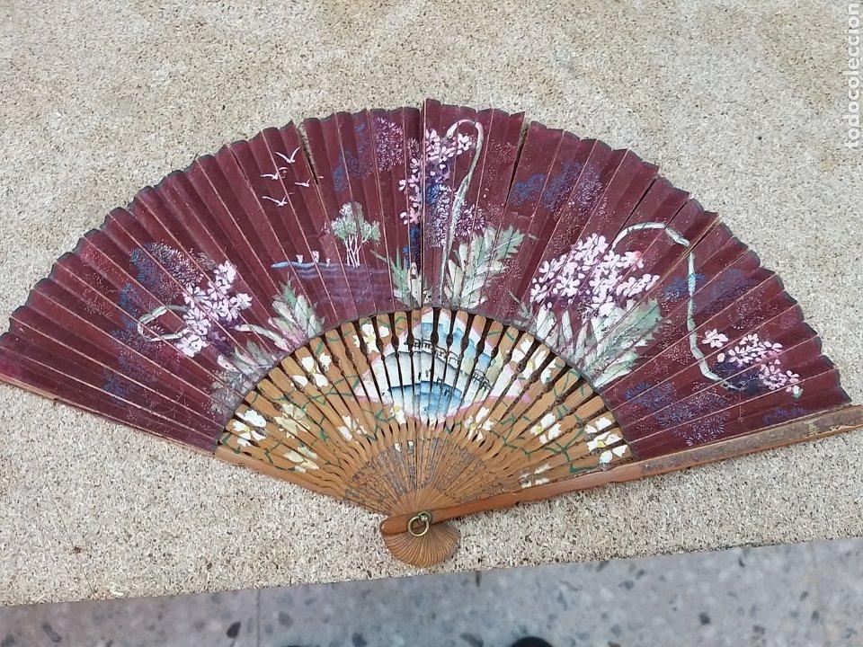 Antigüedades: Abanico de papel pintado a mano - Foto 5 - 205669532