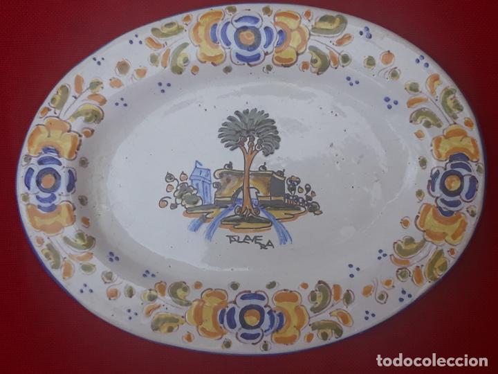 Antigüedades: BANDEJA ANTIGUA EN CERAMICA DE TALAVERA DE LA REINA ( TOLEDO ) FIRMADA. - Foto 3 - 205678042