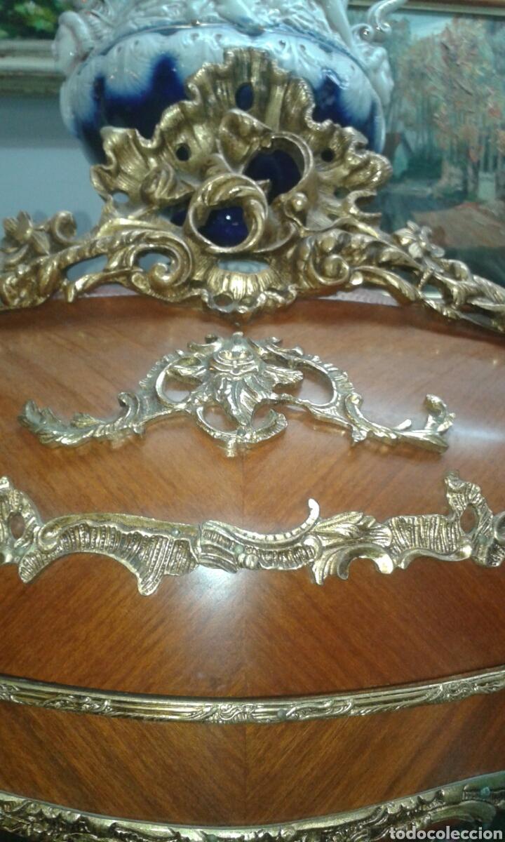 Antigüedades: Vitrina estilo Luis XV de muebles Ricardo Soriano Cerdan - Foto 7 - 205705092