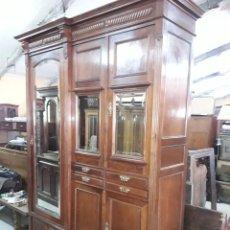 Antigüedades: ARMARIO. Lote 205711881