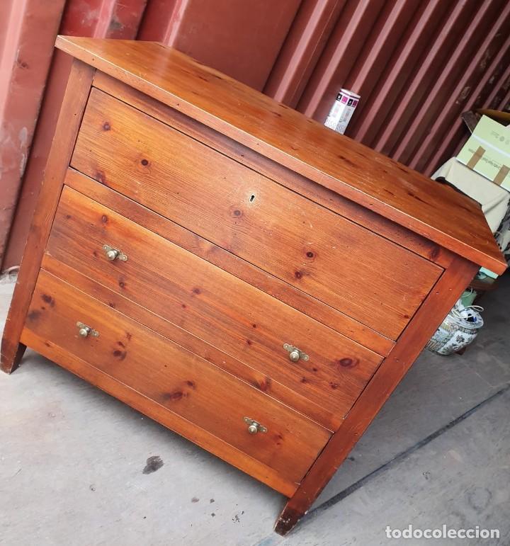 Antigüedades: Comoda con secreter interior y cajones de madera maciza inglesa años 60 - Foto 4 - 205743495