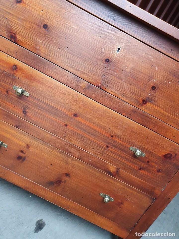 Antigüedades: Comoda con secreter interior y cajones de madera maciza inglesa años 60 - Foto 11 - 205743495