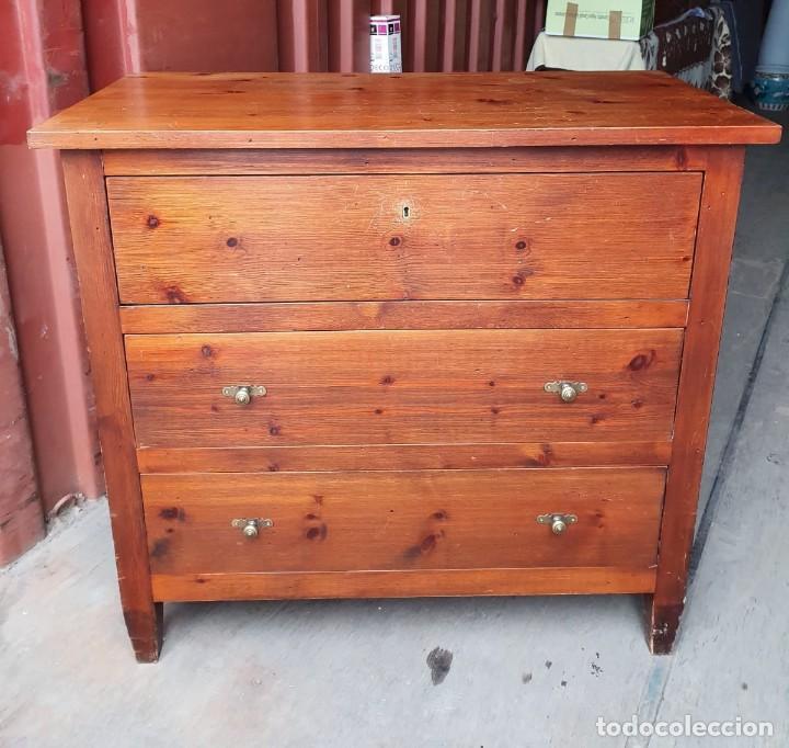 Antigüedades: Comoda con secreter interior y cajones de madera maciza inglesa años 60 - Foto 3 - 205743495