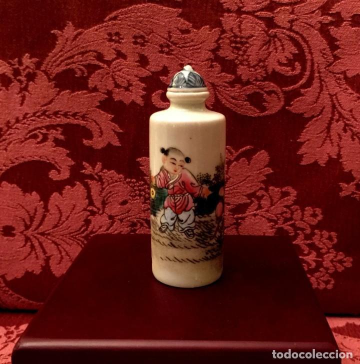 PERFUMERO PORCELANA PINTADO A MANO CON ESCENA DE NIÑOS - FIRMADO. (Antigüedades - Porcelanas y Cerámicas - China)