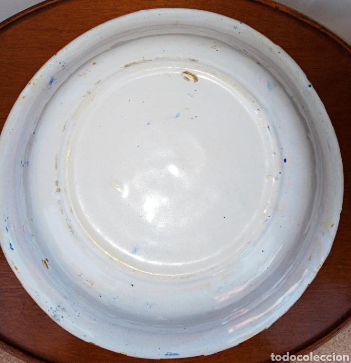 Antigüedades: PLATO DE ALCORA O RIBESALBES - MEDIADOS DEL SIGLO XIX - CERAMICA PINTADA A MANO - Foto 11 - 205757468