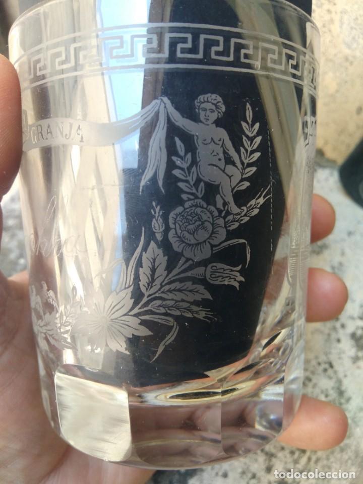MAGNÍFICO VASO DE LA GRANJA - SIGLO XIX - CRISTAL TALLADO Y GRABADO AL ÁCIDO - LA CASCADA - GRECAS (Antigüedades - Cristal y Vidrio - La Granja)