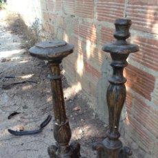 Antigüedades: PAREJA DE CANDELABROS TORCEHERO. Lote 205770010