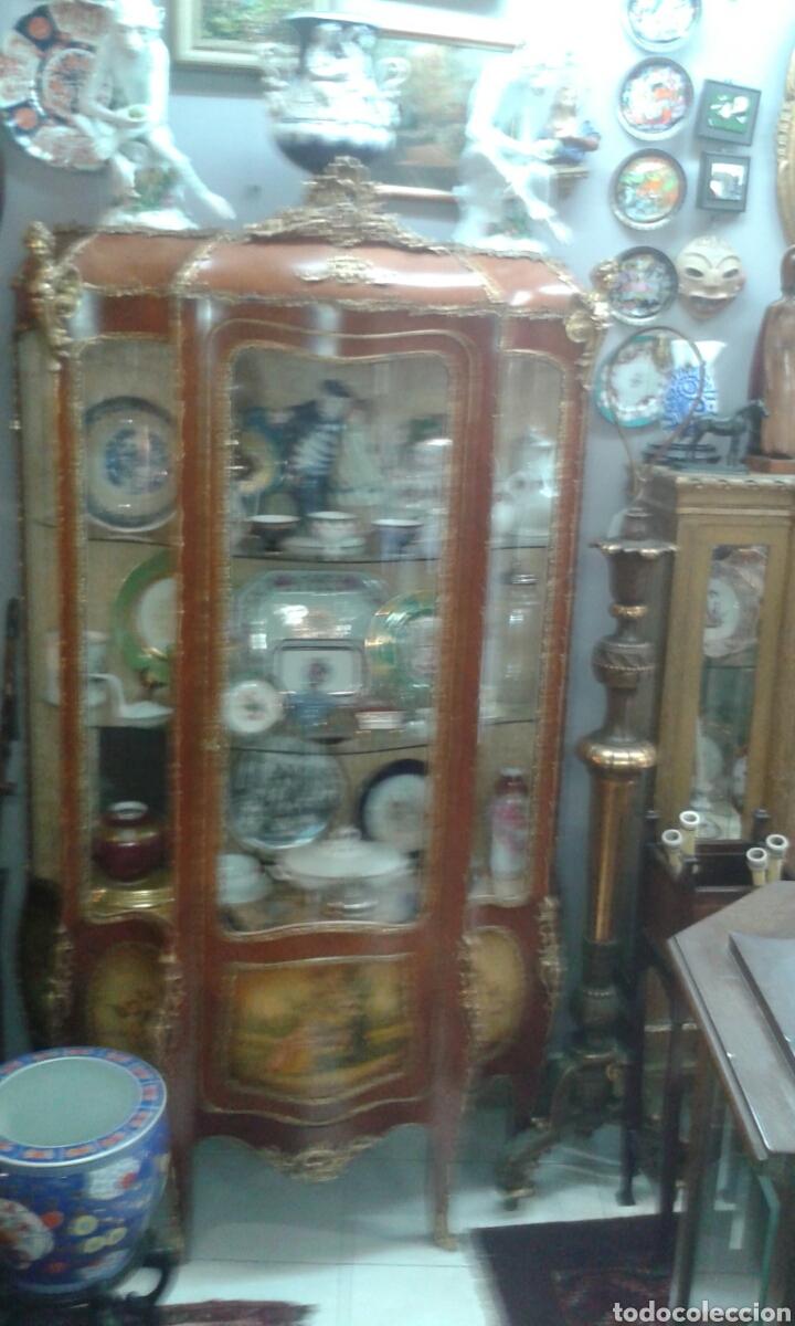 Antigüedades: Vitrina estilo Luis XV de muebles Ricardo Soriano Cerdan - Foto 9 - 205705092