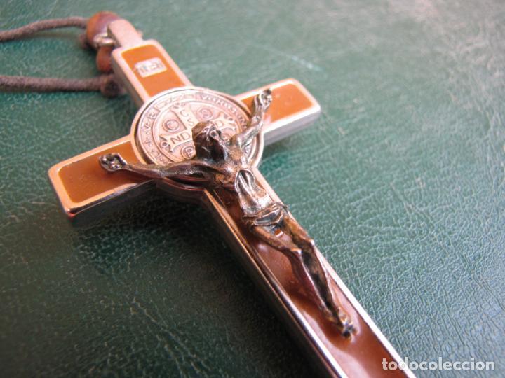 Antigüedades: 3- Cruz de exorcismo. San Benedicto. ;Bronce plateado y esmalte - Foto 6 - 205772542