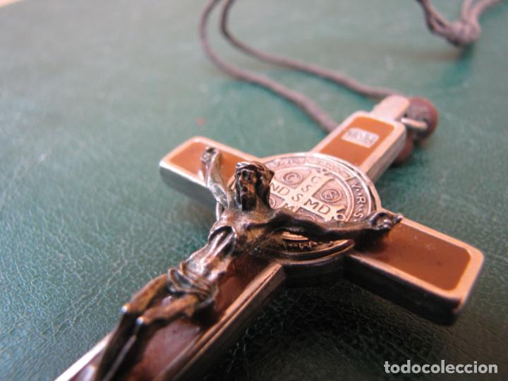 Antigüedades: 3- Cruz de exorcismo. San Benedicto. ;Bronce plateado y esmalte - Foto 7 - 205772542