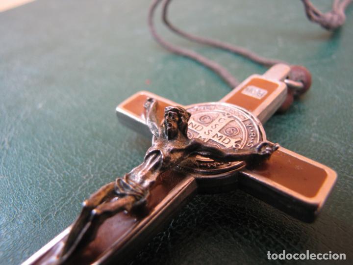 Antigüedades: 3- Cruz de exorcismo. San Benedicto. ;Bronce plateado y esmalte - Foto 8 - 205772542