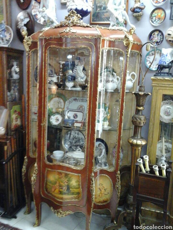 Antigüedades: Vitrina estilo Luis XV de muebles Ricardo Soriano Cerdan - Foto 2 - 205705092