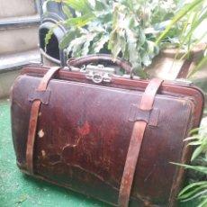 Antigüedades: ANTIGUO MALETIN DE VIAJE DOCTOR BAG.. Lote 205780366