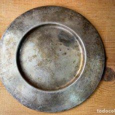 Antigüedades: PLATO EN PLATA O SIMILAR DE IGLESIA. Lote 205788518