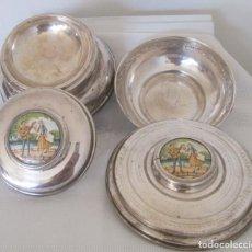 Antigüedades: PIEZAS DE ANTIGUO JUEGO DE TOCADOR. POLVERA Y JOYERO/GUARDA ALGODONES, EN PLAQUE, BAÑADO EN PLATA. Lote 205800951