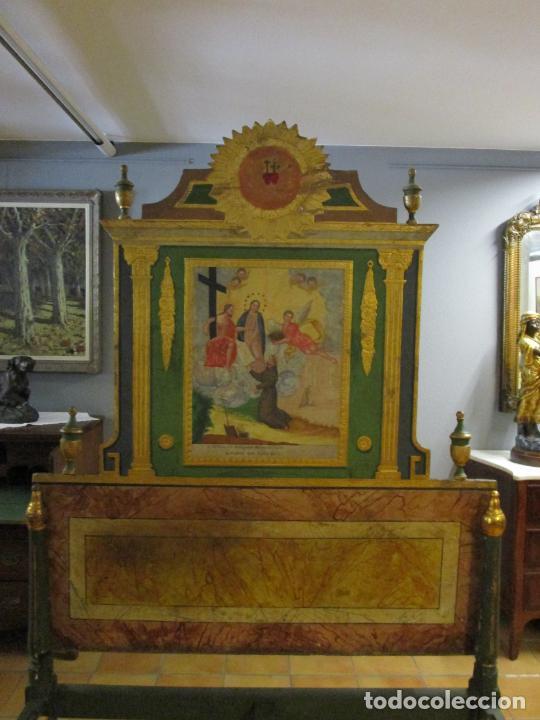 Antigüedades: Antigua Cama de Olot - Estilo Neoclásico -Escena de San Francisco, con Inscripción -Finales S. XVIII - Foto 25 - 205806638