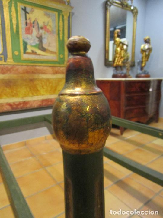Antigüedades: Antigua Cama de Olot - Estilo Neoclásico -Escena de San Francisco, con Inscripción -Finales S. XVIII - Foto 33 - 205806638