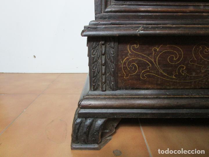 Antigüedades: Arca de Novia Catalana - Caja en Madera de Nogal - Marquetería en Pasta de Época, Original -S. XVIII - Foto 10 - 205816181